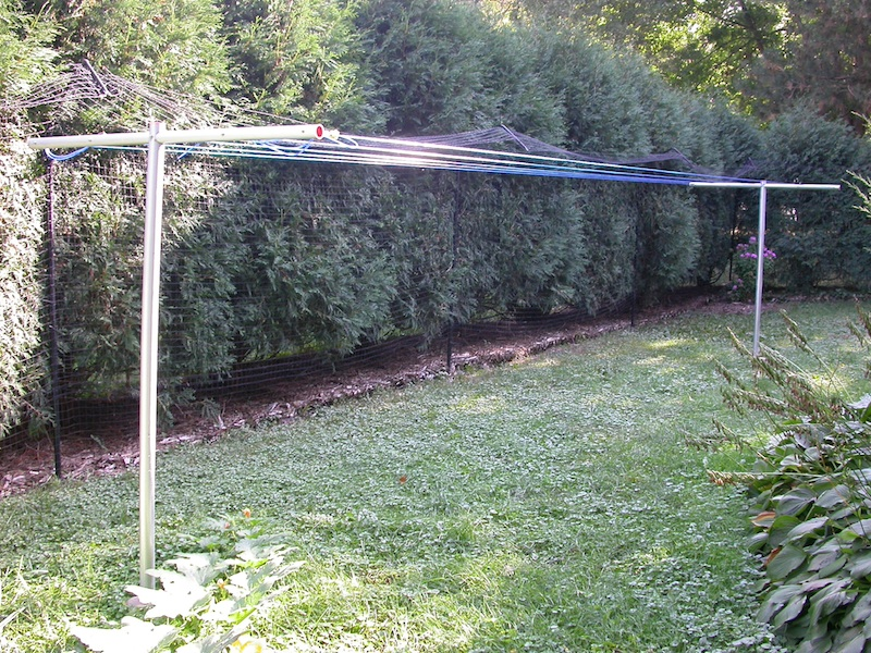 Thanks Jennifer for this wonderful photo of your clothesline poles perfectly setup!
